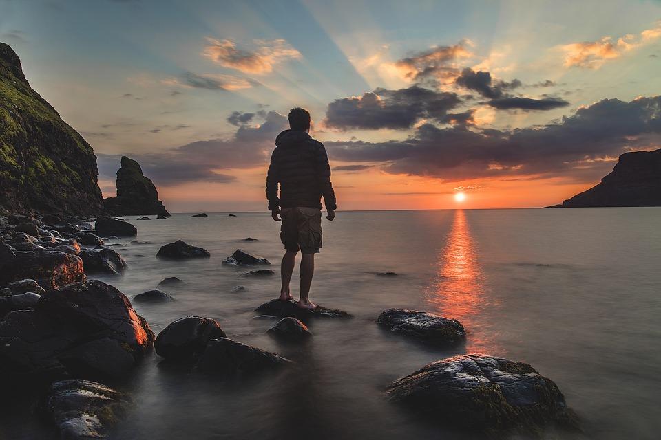 Невероятный и красивый закат Солнца летом - картинки и изображения 1