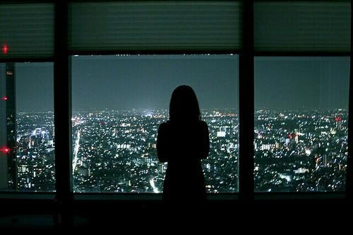 Прикольные и красивые фото на аву без лица ночью - для девушек 14