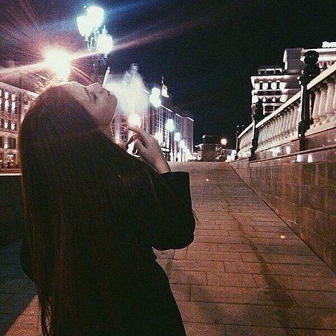 Прикольные и красивые фото на аву без лица ночью - для девушек 3
