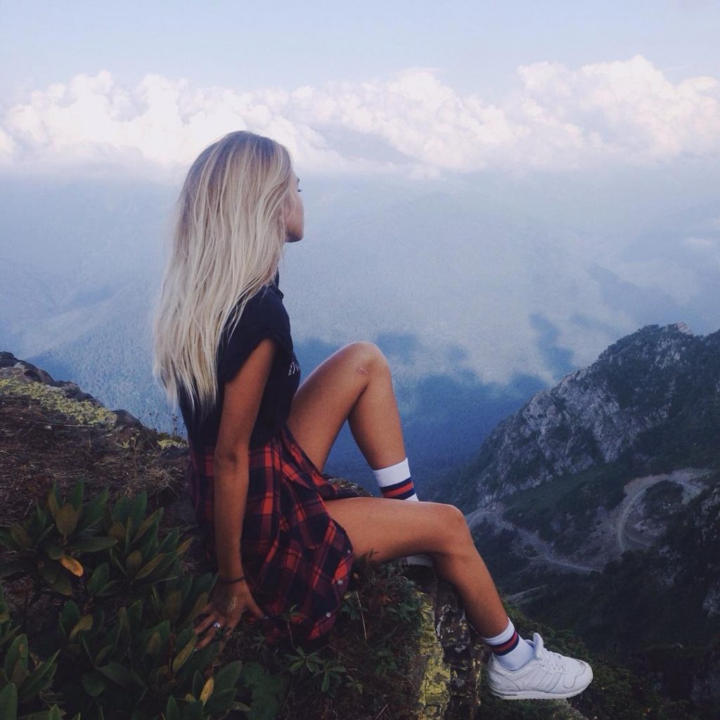 Самые классные и крутые картинки на аватарку для девушек - подборка 15