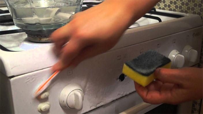 Как почистить газовую плиту, ручки, решетки в домашних условиях 3