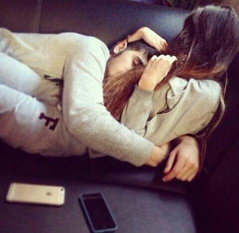 Картинки и фото на аву парень с девушкой обнимаются - подборка 16