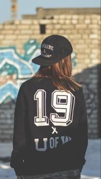 Классные и крутые картинки в кепке на аву - для парней или девушек 22