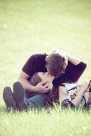 Классные картинки про любовь парня и девушки на телефон на заставку 17
