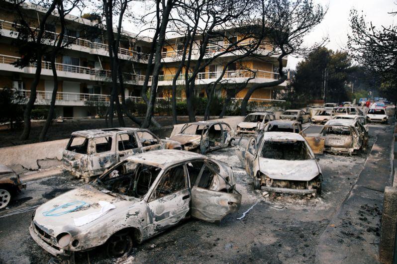 Масштабные лесные пожары в Греции - новости с фото 3