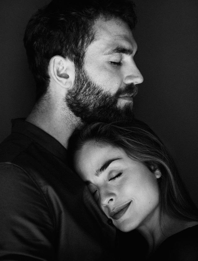Черно-белые фото влюбленных людей, красивые пары - сборка фото 8