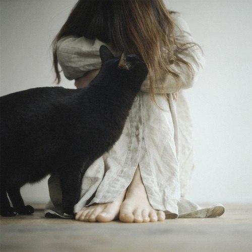 Интересные картинки на аву для девушек - самые необычные 18