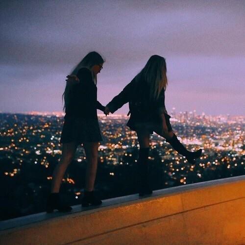 Картинки и фотки на аву для девушек с подругами - лучшая подборка 13