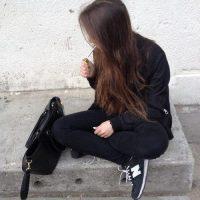 Картинки крутых девушек на аву в социальные сети - подборка 10