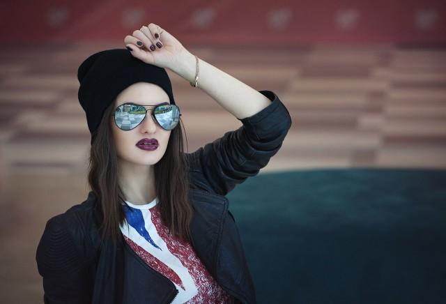 Лучшие фото и картинки на аву очки или в очках - подборка 4
