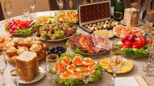 Любимые лакомства Желтой Свиньи на новогоднем столе 2019 2