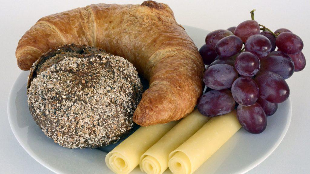 Необычные обои еды, сладостей, продуктов на рабочий стол №9 12