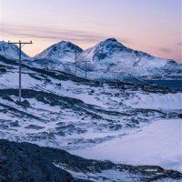 Обои и картинки про зиму на заставку телефона - самые красивые 13