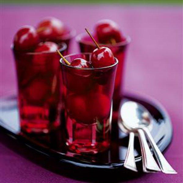 Красивые и прикольные картинки вишни - подборка изображений 7