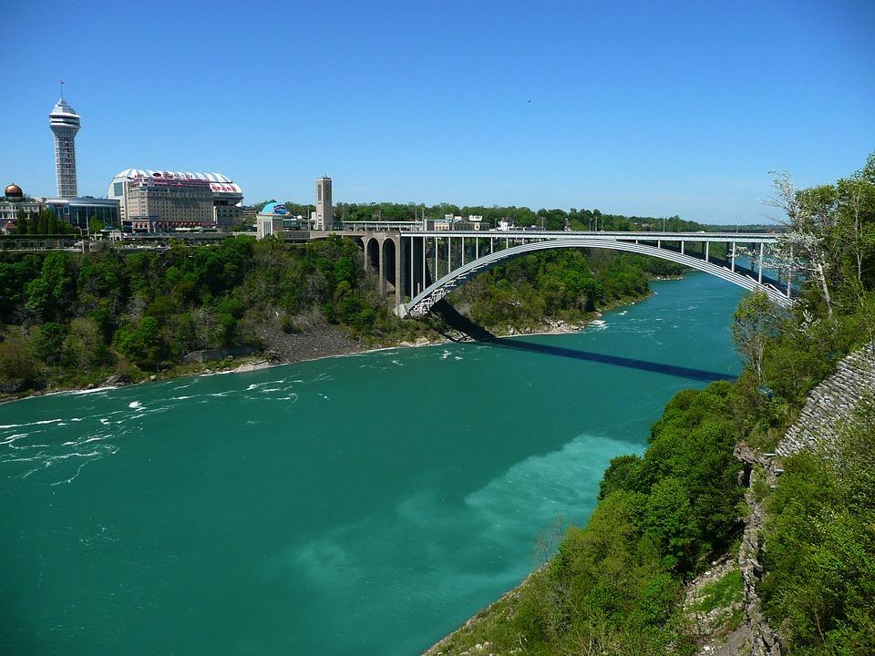 Мост через реку - красивые и удивительные картинки, фото 10