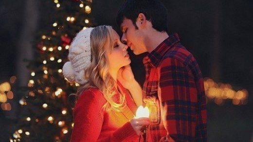 Красивые картинки влюбленной парочки в Новый год - подборка 9