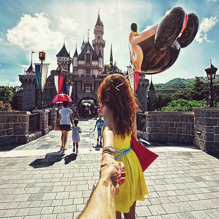 Красивые картинки на аву девушка тянет парня за руку - подборка 11