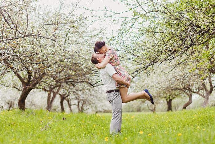 Парень держит девушку на руках - красивые фото и картинки 10