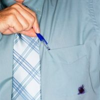 Как избавиться от чернильных пятен на одежде 2