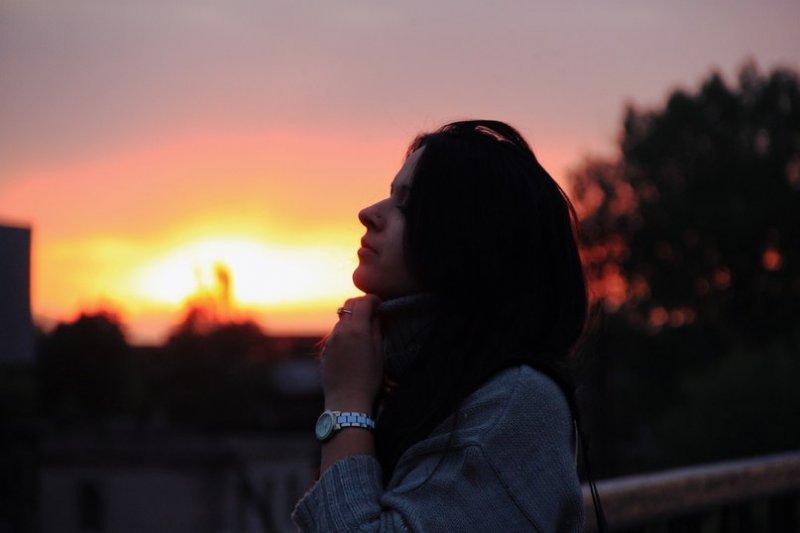 Красивые фото и картинки грустных девушек - подборка 2019 17