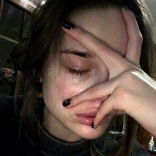 Красивые фото и картинки грустных девушек - подборка 2019 24