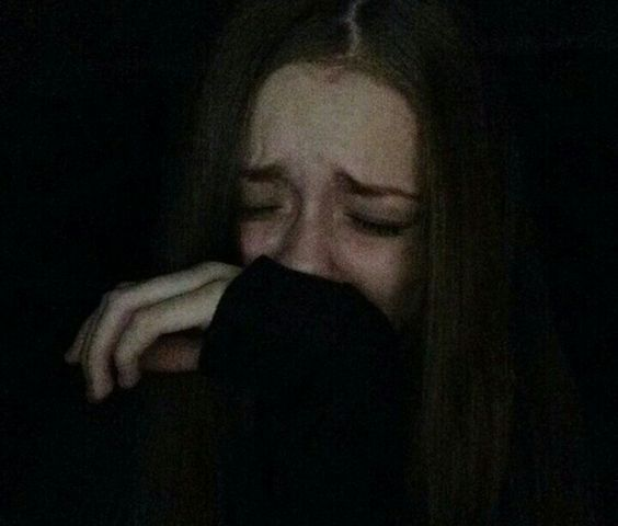 Красивые фото и картинки грустных девушек - подборка 2019 9