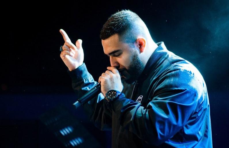 Красивые фото музыканта Jah Khalib - подборка 18 картинок 13