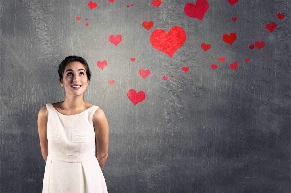 Прикольные и классные картинки девушек с сердечками - сборка 12