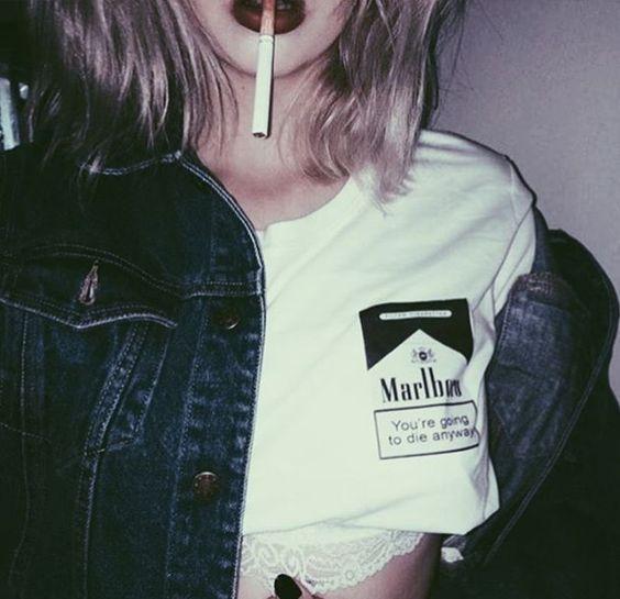 Прикольные картинки курящих девушек на аву в социальные сети 10