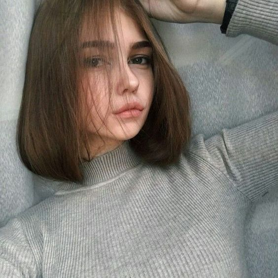 Девушки с короткими волосами - фото и картинки на аву 9
