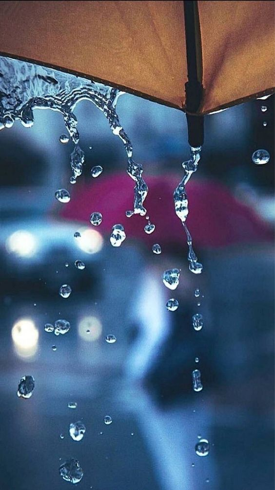 Красивые и удивительные картинки дождя для заставки - подборка 12