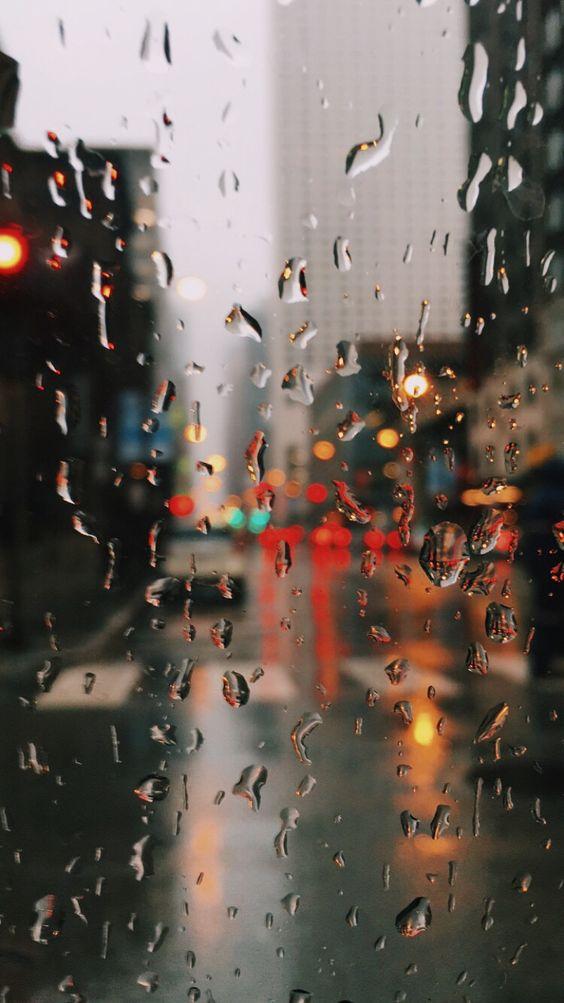 Красивые и удивительные картинки дождя для заставки - подборка 3