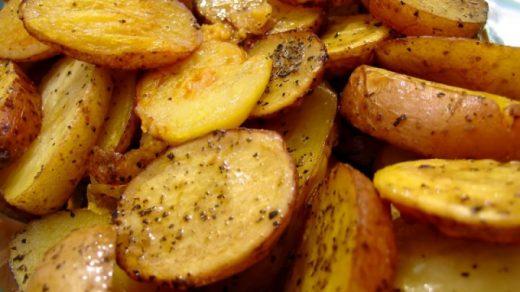 Как запечь картошку в микроволновке   пошаговый рецепт 1