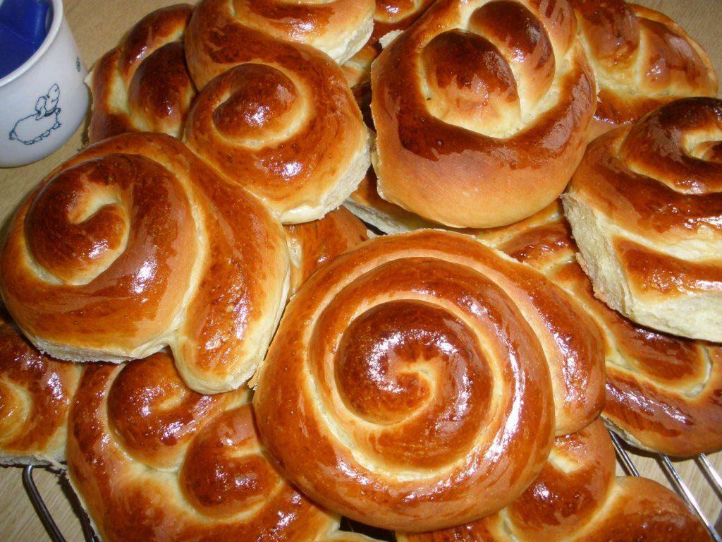 Красивые булочки из дрожжевого теста - фото, картинки 1