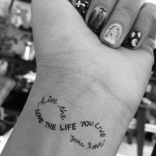 Красивые и необычные тату на запястье - подборка 28 татуировок (3)