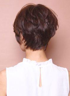 Вид сзади стрижки на короткие волосы - фото, картинки (5)