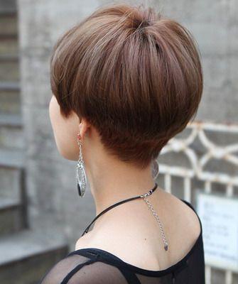 Вид сзади стрижки на короткие волосы - фото, картинки (9)