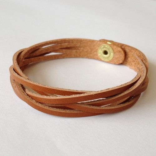 Красивые браслеты на руку своими руками - подборка 24 фото (16)