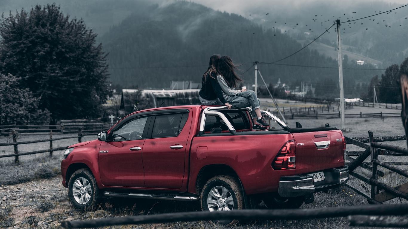 Крутые картинки на рабочий стол девушки с авто   подборка (6)