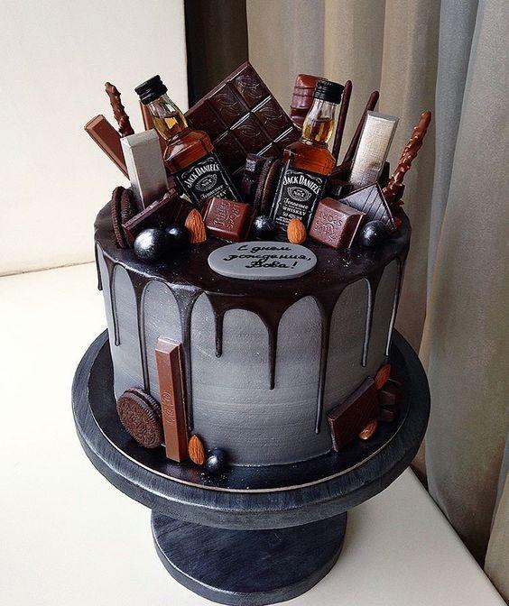 Торт на День Рождения мужчине 45 лет - оригинальные фото тортов (1)