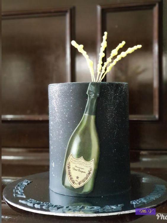 Торт на День Рождения мужчине 45 лет - оригинальные фото тортов (21)