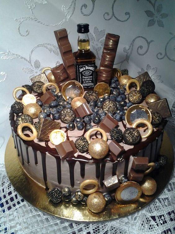 Торт на День Рождения мужчине 45 лет - оригинальные фото тортов (3)