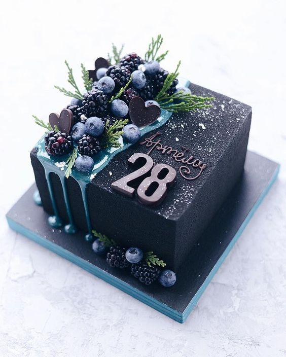 Торт на День Рождения мужчине 45 лет - оригинальные фото тортов (5)