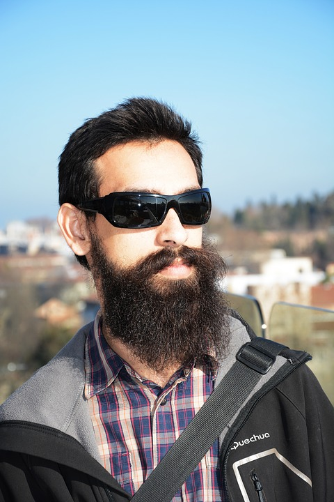 Фото мужчин в очках и с бородой - подборка 20 картинок (6)