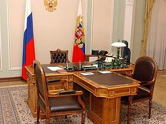 фото Путина в кабинете (3)