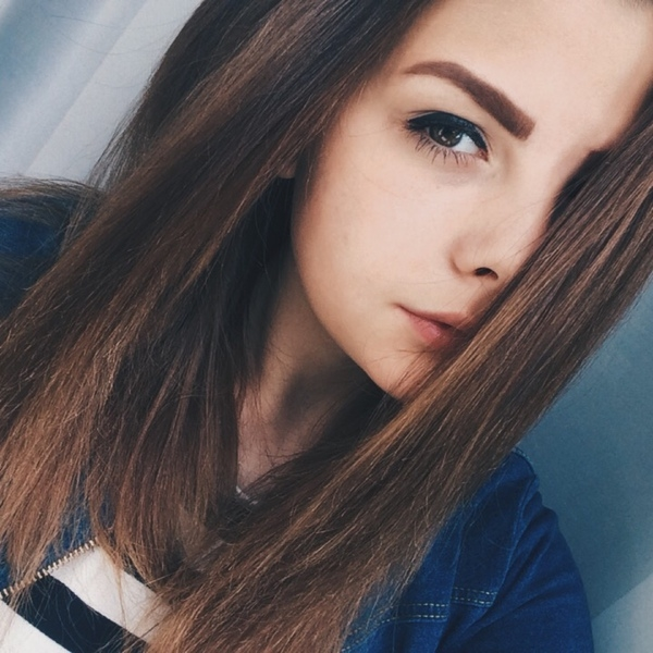 Девушка 17 лет на аву005