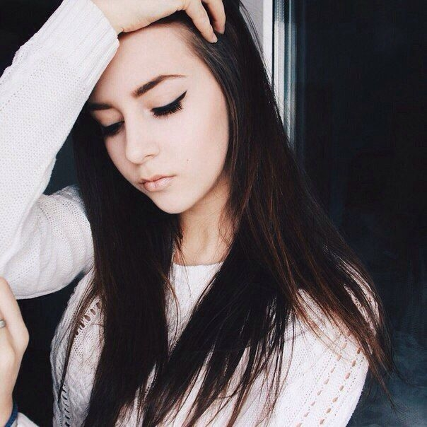 Девушка 17 лет на аву011