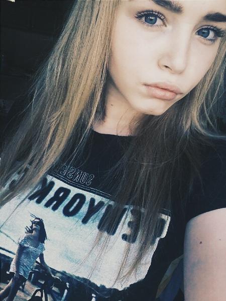 Девушка 17 лет на аву017