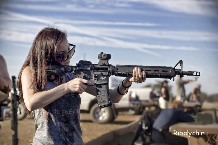 Классные картинки с пистолетом на аву017