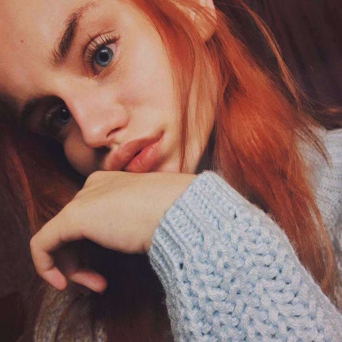 Красивые фото рыжей девушки на аву в ВКонтакте - 20 картинок (14)